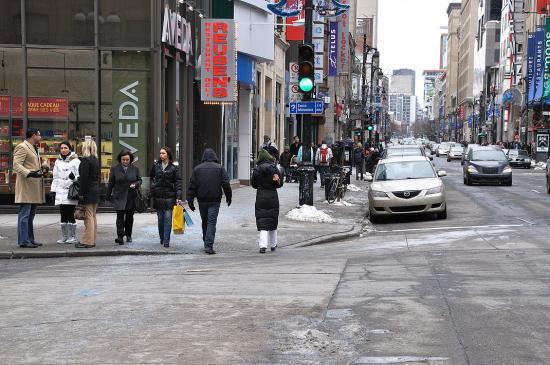 Rue Sainte-Catherine, Montreal - 7
