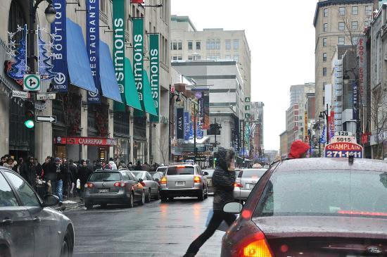 Rue Sainte-Catherine, Montreal - 12