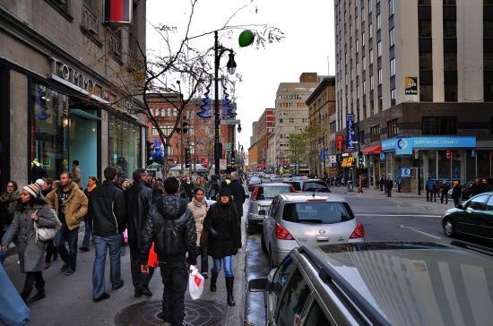 Rue Sainte-Catherine, Montreal - 31