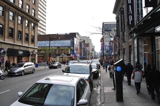Rue Sainte-Catherine, Montreal - 33