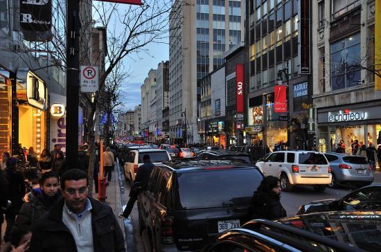 Rue Sainte-Catherine, Montreal - 35
