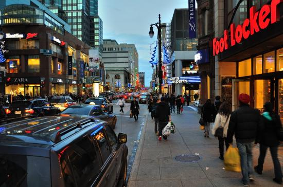 Rue Sainte-Catherine, Montreal - 38