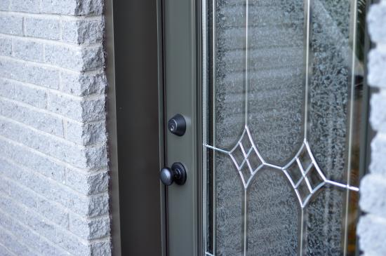 Двери в доме - 1