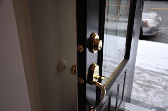 Двери в доме - 4