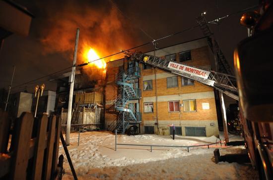 Электричество в канадском доме и пожар - 10