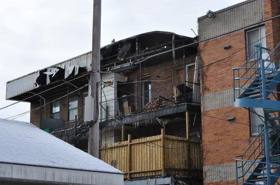 Электричество в канадском доме и пожар - 14