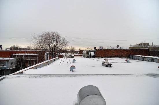 Провода на крыше 20120227 - 2