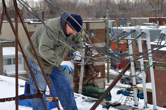 Провода на крыше 20120227 - 12