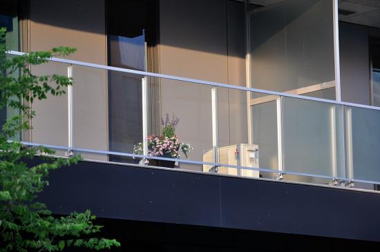 Лето, жара, кондиционер в Монреале 2012 - 2
