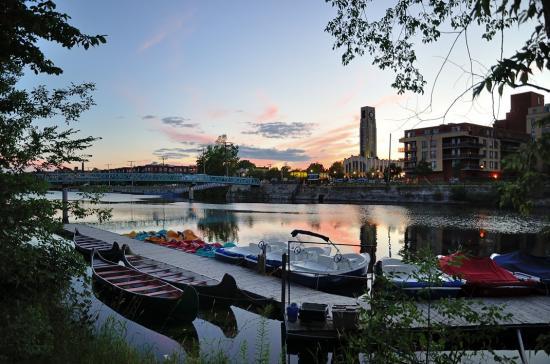 Монреаль, самый центр города, канал Lachine, рынок Atwater