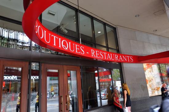 Rue Sainte Catherine, Montreal 2012 - 2
