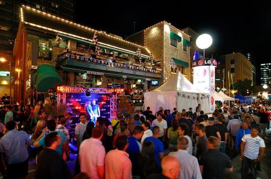 Thursday's Bar, La Terrasse Magnetic, Hotel De La Montagne - 3