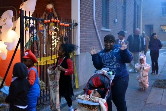 Halloween, Montreal - Pointe Saint-Charles 2012 - 1