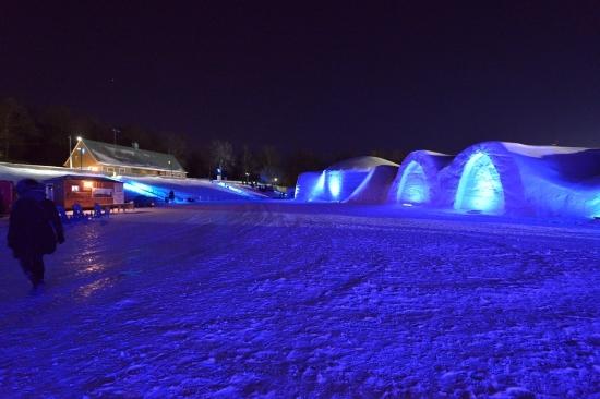 Snow Village в Монреале 2013
