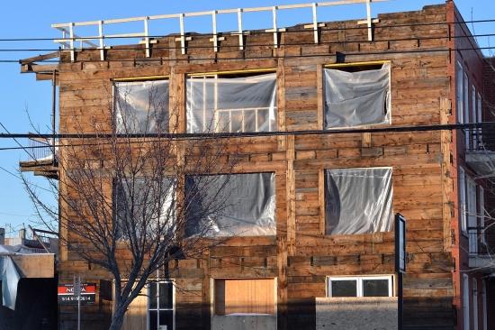 Деревянный кирпичный дом в Монреале 2013-02-27 - 6
