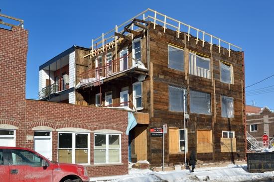 Деревянный кирпичный дом в Монреале 2013-02-27 - 8