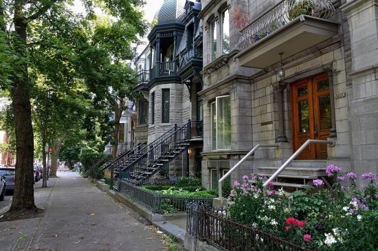 Деревянный кирпичный дом в Монреале 2013-02-27 - 11