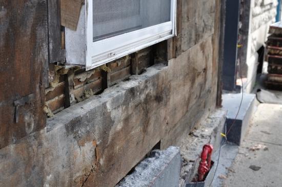 Деревянный кирпичный дом в Монреале 2013-02-27 - 17