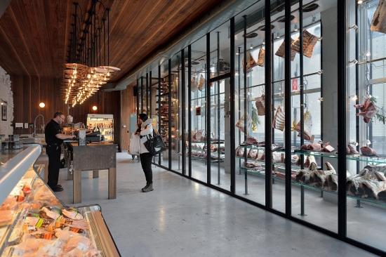 Butcher Grinder, Montreal inside