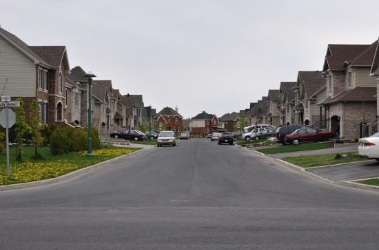 Каркасное  строительство - Канада, пригород Монреаля - 1