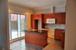 Kitchen - 16