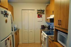 Kitchen - 8