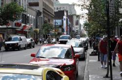 Rue Sainte-Catherine, Montreal - 4
