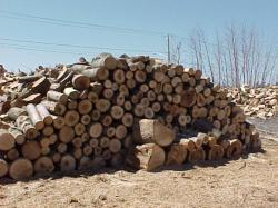 Кленовые дрова - очень хорошие!