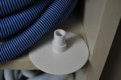 Пластиковый кружок-насадка на шланг