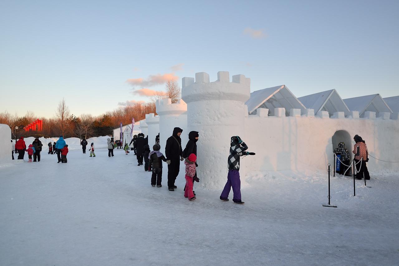 Fête des neiges de Montréal au Parc Jean-Drapeau, Snow Village 2013-01-20 - 3
