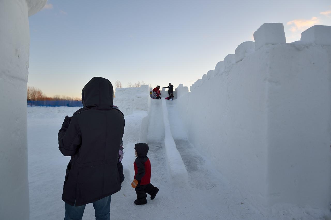 Fête des neiges de Montréal au Parc Jean-Drapeau, Snow Village 2013-01-20 - 8