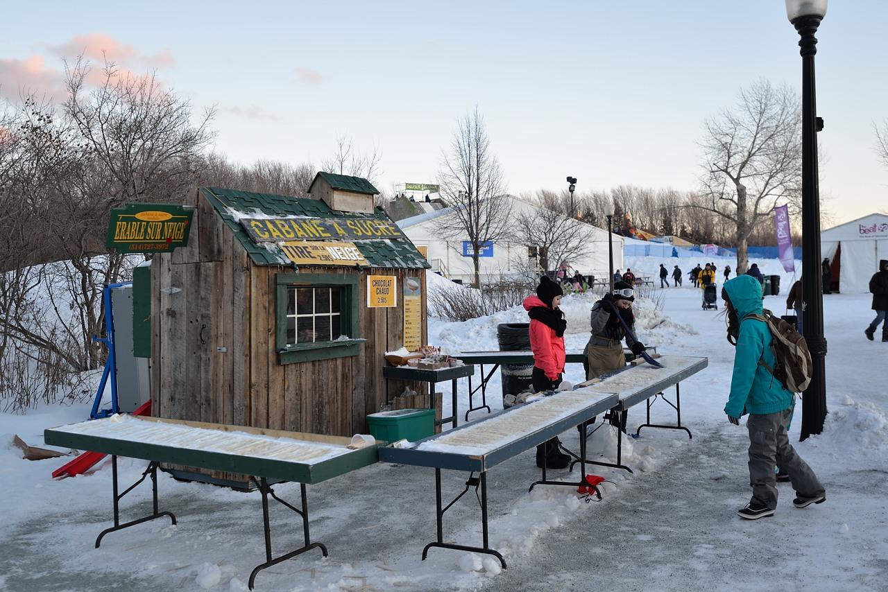 Fête des neiges de Montréal au Parc Jean-Drapeau, Snow Village 2013-01-20 - 11