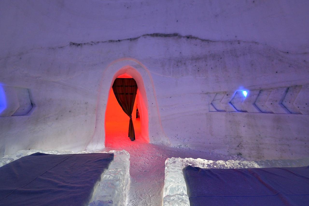 Fête des neiges de Montréal au Parc Jean-Drapeau, Snow Village 2013-01-20 - 45