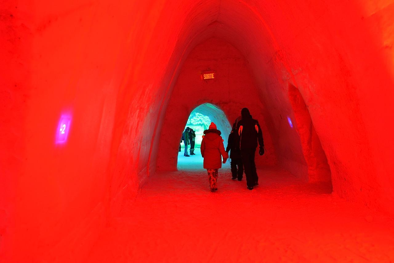 Fête des neiges de Montréal au Parc Jean-Drapeau, Snow Village 2013-01-20 - 50