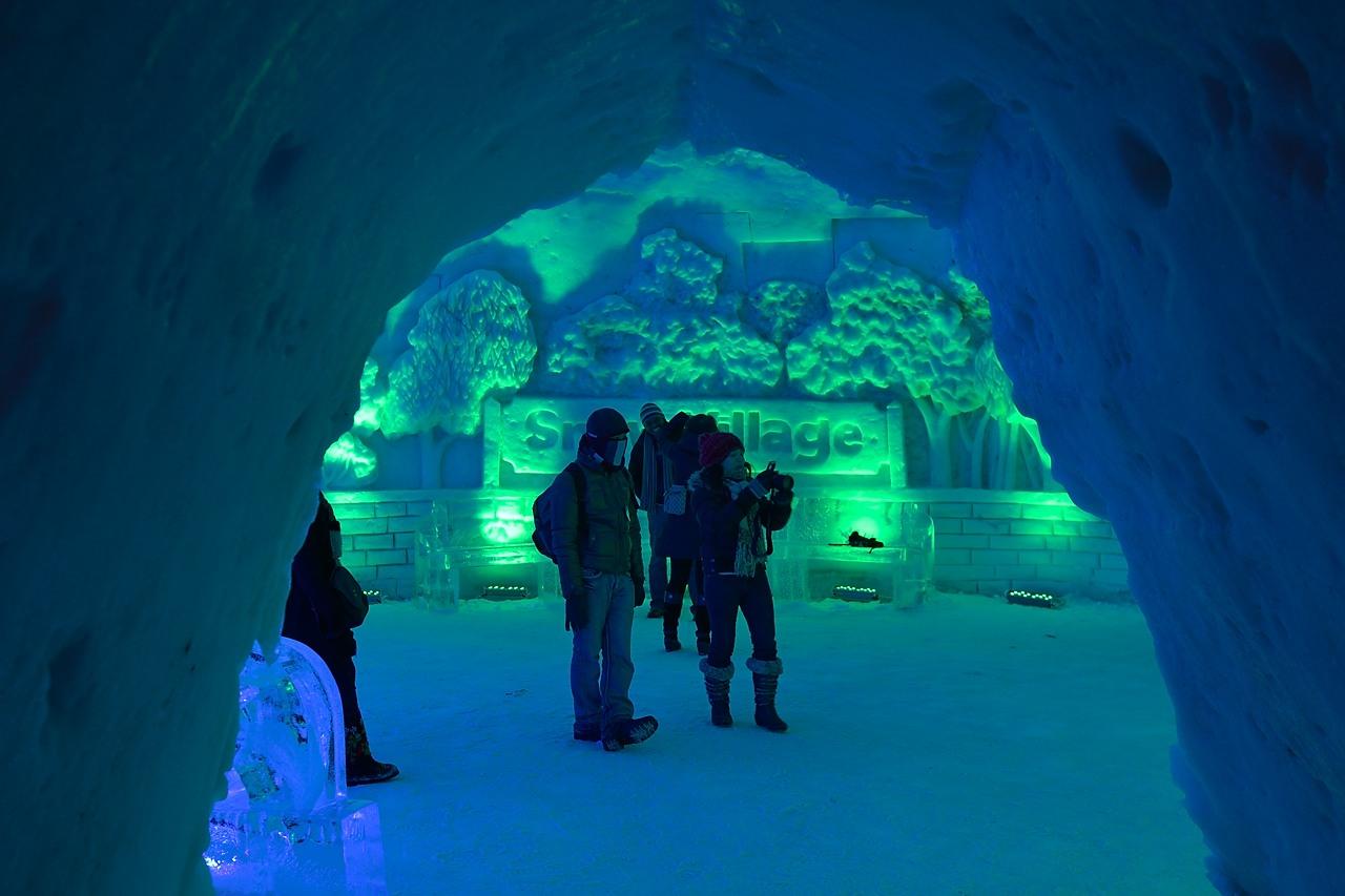 Fête des neiges de Montréal au Parc Jean-Drapeau, Snow Village 2013-01-20 - 51