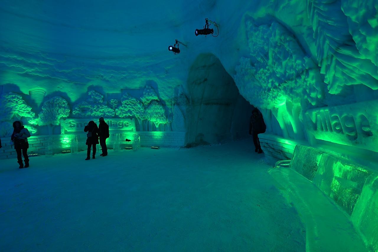 Fête des neiges de Montréal au Parc Jean-Drapeau, Snow Village 2013-01-20 - 52