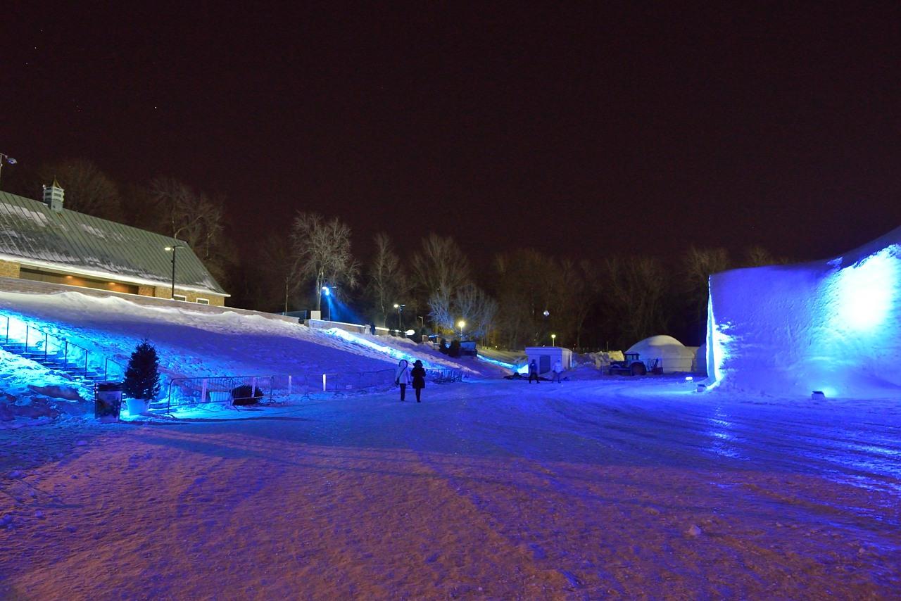 Fête des neiges de Montréal au Parc Jean-Drapeau, Snow Village 2013-01-20 - 63