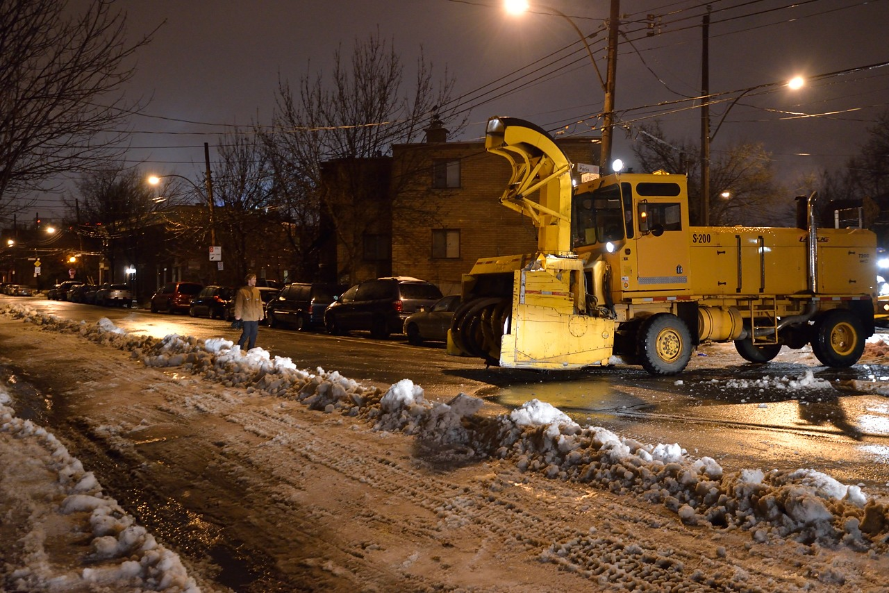 Snow Removal in Montreal on Pointe Saint-Charles - Dec 22, 2012 - 21