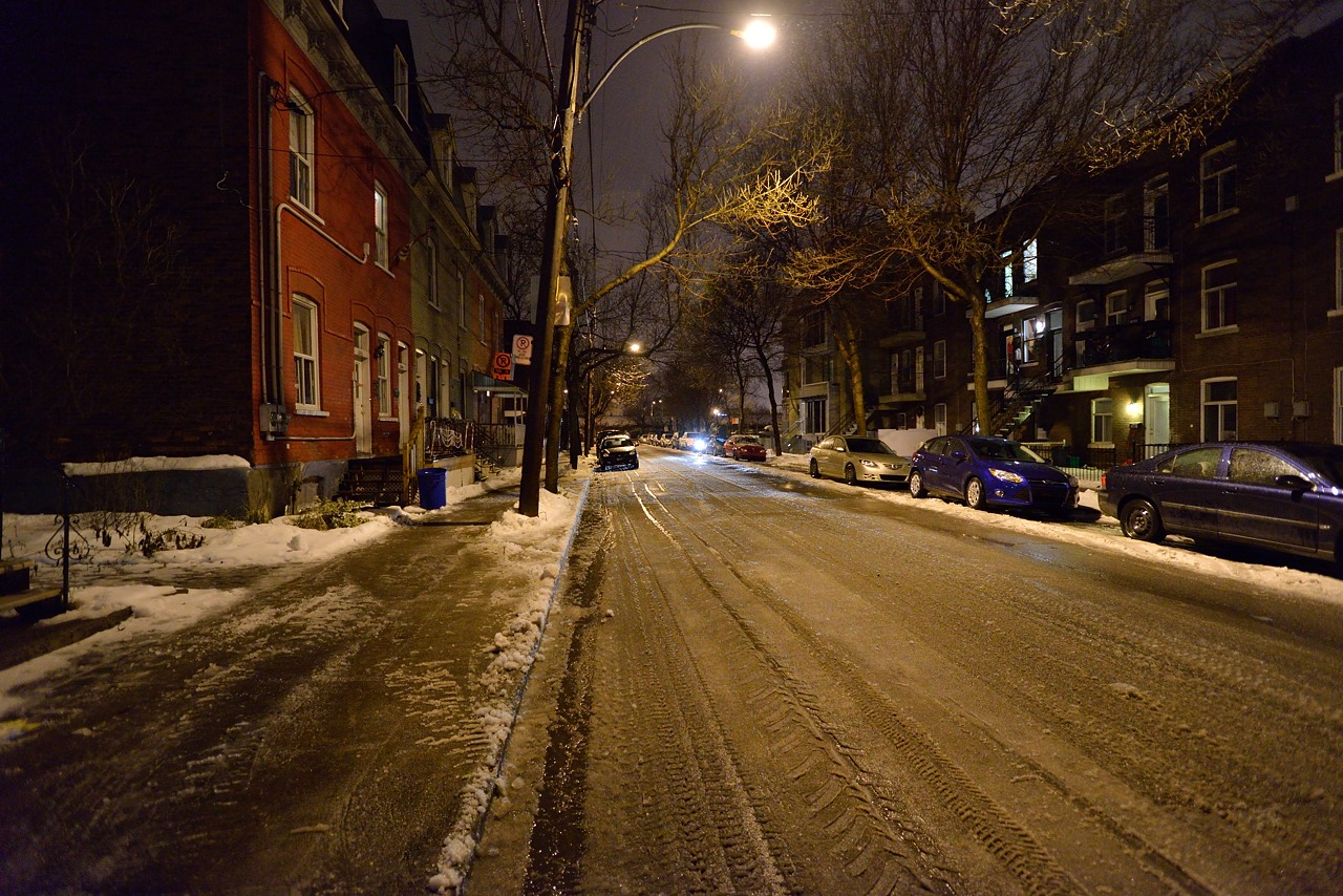 Snow Removal in Montreal on Pointe Saint-Charles - Dec 22, 2012 - 26